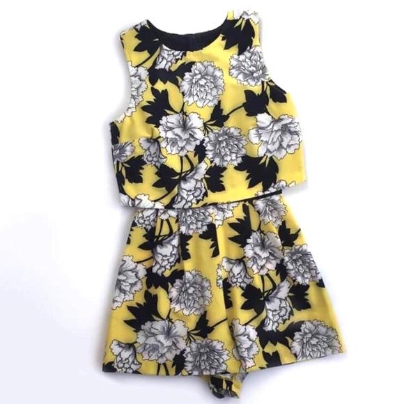8597e5e1abb5 Miss Selfridge PETITE Yellow Floral Playsuit. Miss Selfridge.  M 5ae5014b31a37628ecc36920. M 5ae5014c6bf5a65bcf2687e9.  M 5ae5014e3316279aeb317fb4